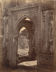 Close view of the doorway of the Jami Masjid, Champaner